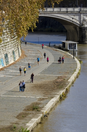autumn.walk.rome007